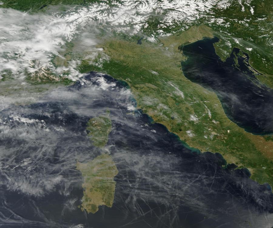 Scie chimiche da satellite 26 maggio 2016