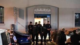 Zurigo, attentato al centro islamico