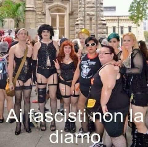 Gay pride bergamo istigano
