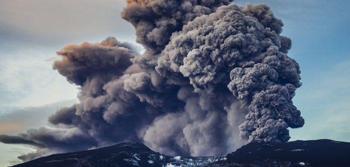 Eruzione vulcano Eyjafjallajokull, Islanda 2010