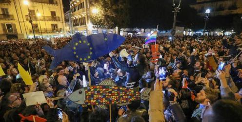 La manifestazione delle sardine in piazza verdi davanti al treatro Massimo, Palermo, 22 novembre 2109. ANSA/IGOR PETYX