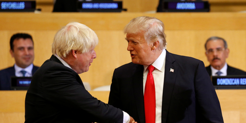 Johnson e Trump.png